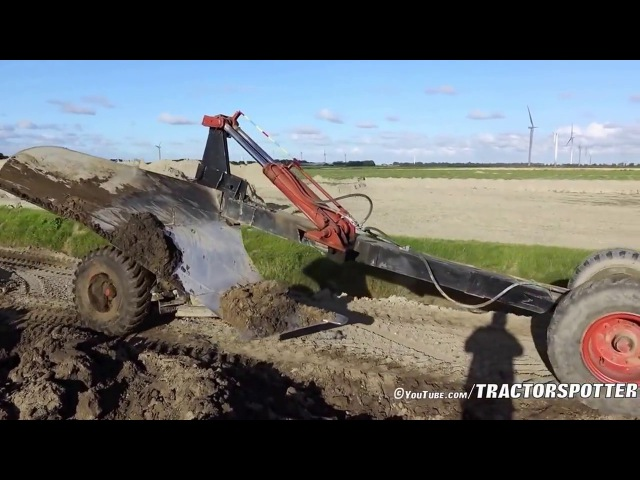 Оранка трактором на глибину 1 метр