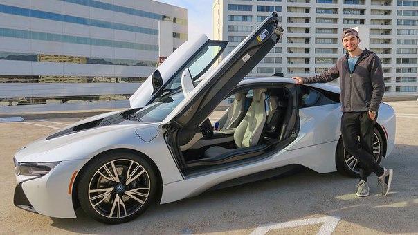Хочешь ездить на BMW i8 уже через пару месяцев