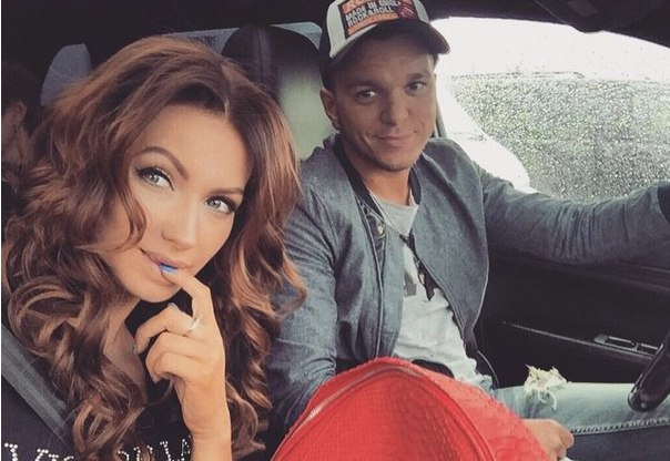 Евгения и Антон Гусевы рассказали, что их семья распалась.