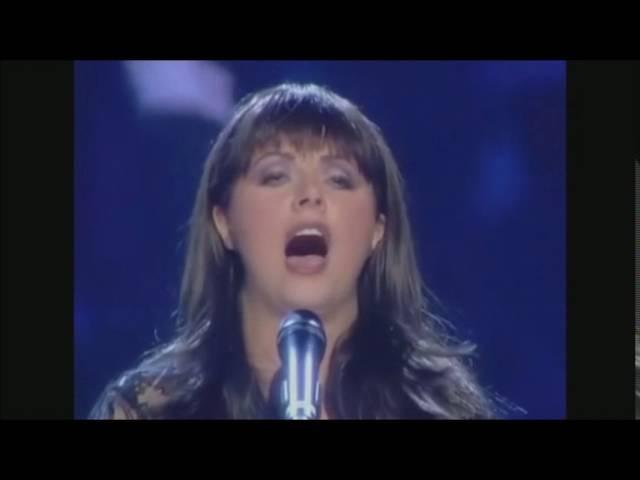 Duelo de sopranos ( Emma Shapplin-Sarah Brightman-Tarja Turunen) comparación