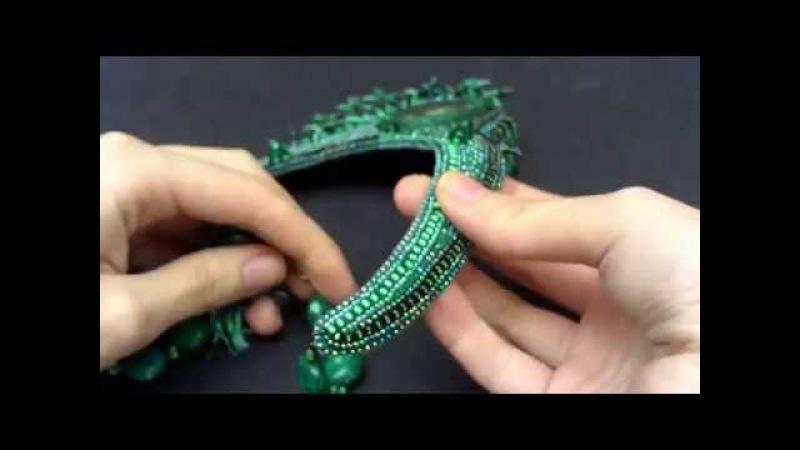 Колье из бисера камней фуксит Малахитовое зеленый стильные украшения
