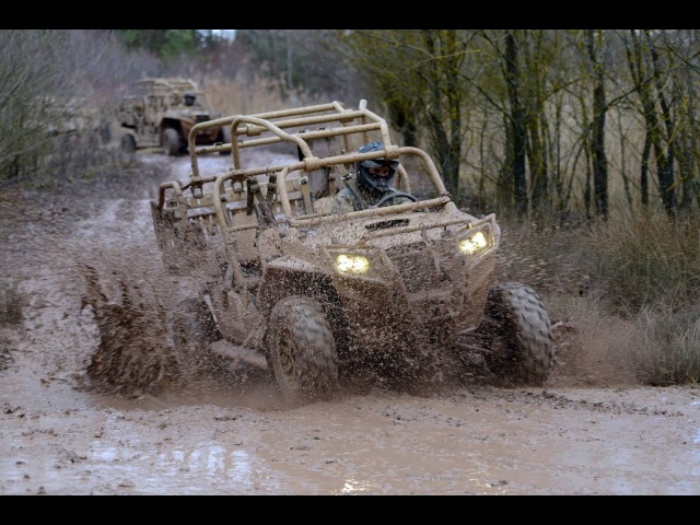 US Special Forces Driving Around In Powerful MILITARY Off-road All Terrain Vehicles