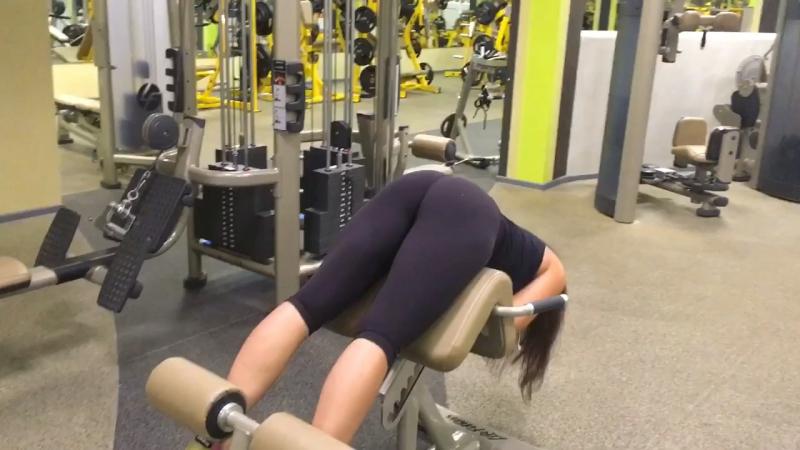 Ягодичная гиперэкстензия 🌰 ягоды в огне 🔥 legsday fitgirl gym пп loosingweight яхудею