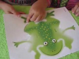 Видео для детей. Аппликация - уточка и лягушка.
