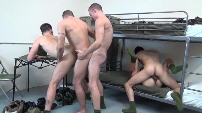porno-v-armii-gruppovuha