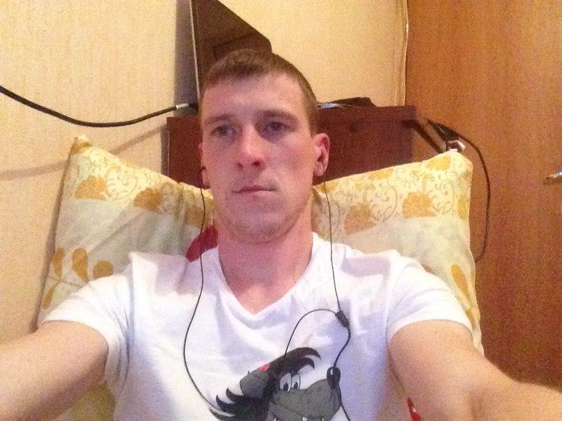 Artem, 30, Pushkinskie goryi