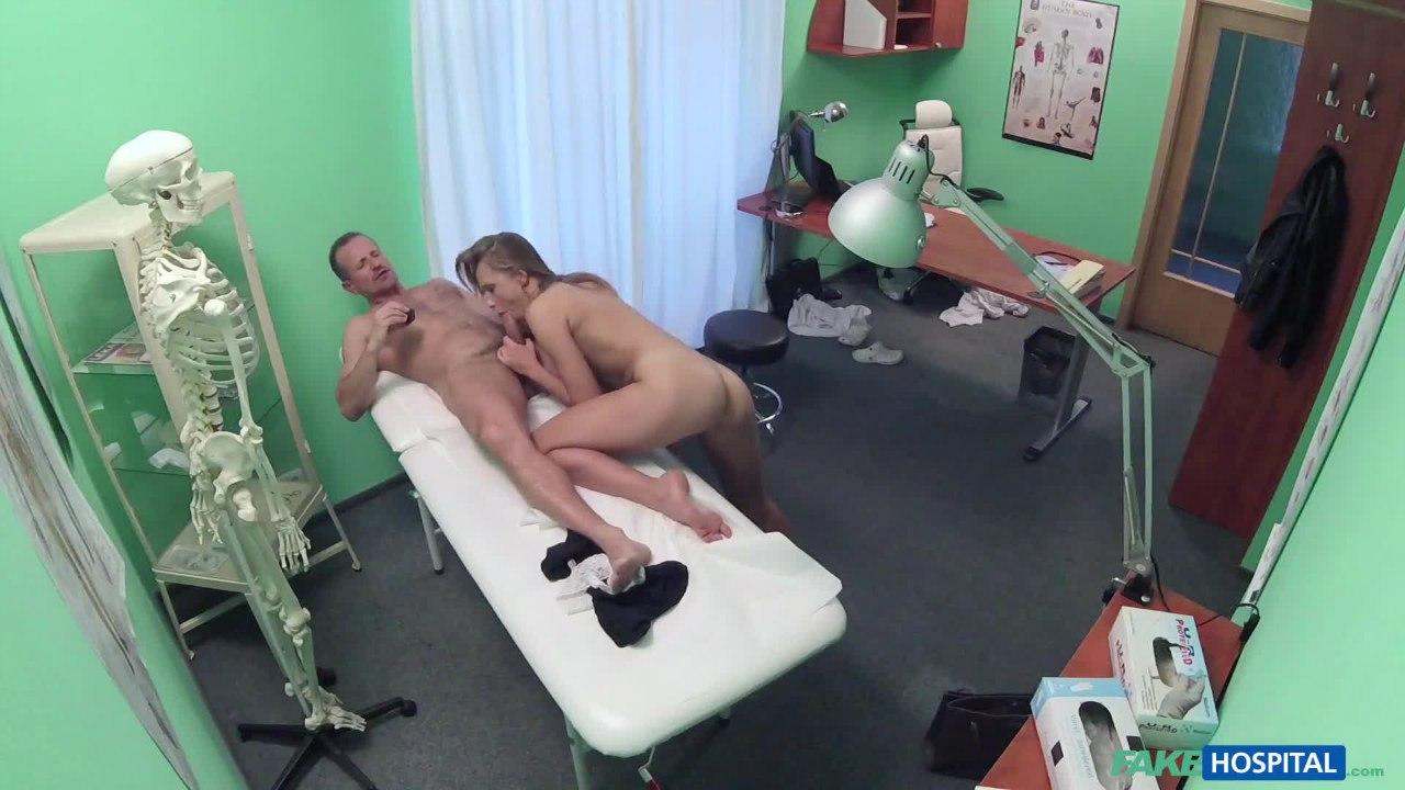 Онлайн порно fakehospital