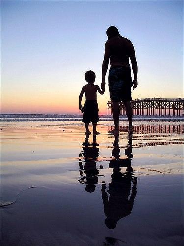 Вот будет у меня сын. И что мне ему предложить? Каким показать этот мир?