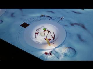 На столе. Мульт. Приготовление десерта ...а так же и много других блюд
