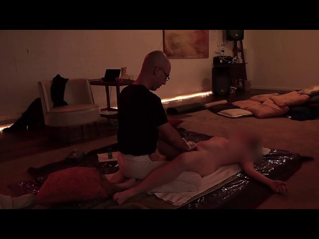 Yoni massage / Массаж Йони (массаж гениталий)
