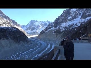 Вершина монблан, ледник la mer de glase и я с мятным чаем из термоса)