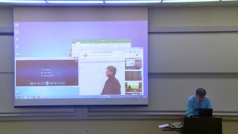 герой интернета —американский профессор Мэттью Уэзерс