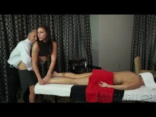 порно онлайн массажистка муж и жена
