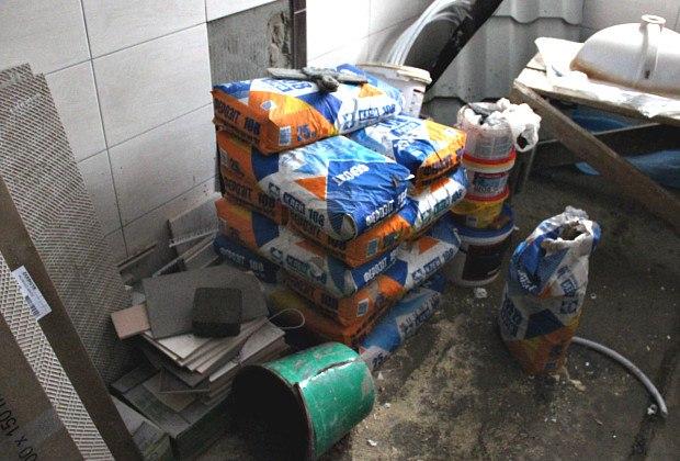 Відрізані котел і бойлер, понищені будматеріали — у Сторожинці обікрали новобудову