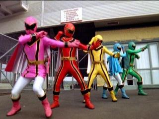 Power Rangers Mystic Force - Power Rangers vs Evil Power Rangers.