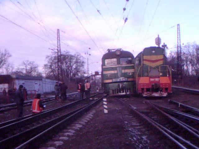 Пьяные Тепловозы или преступная халатность Днепродзержинск 10 фев 2015 год