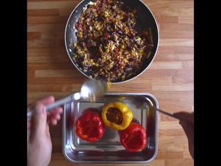 К ужину: как приготовить фаршированный перчик по-мексикански?