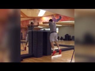 Топ 3 прыгунов, невероятная сила ног