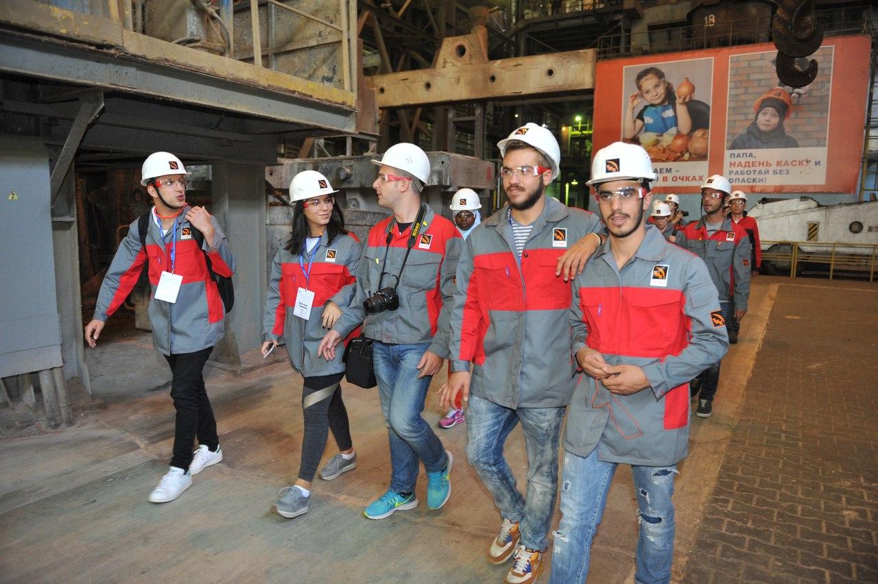На ТАГМЕТе проведена экскурсия для участников студенческой международной конференции
