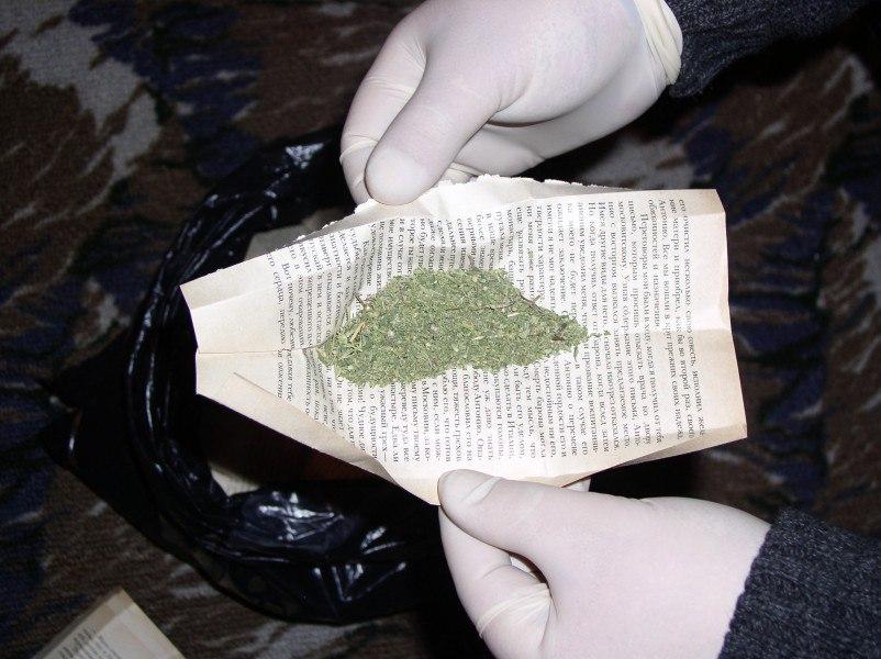 В Таганроге сотрудники полиции выявили факт незаконного сбыта наркотиков