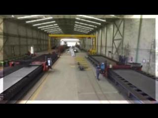 Полёт дрона через цеха завода металлоконструкций