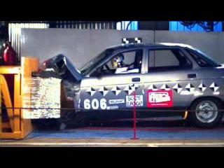 Crash test Lada 2110
