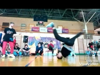 Маленько Slow Motion;) Bboy VaLli / Battle 360 / #breaking / #триаш / #breakingnews / #breakingbad / #bboy bboy_valli/www.instag
