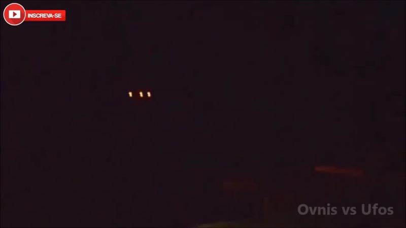 ... водитель умудрился снять огни в небе??..Olhem o que esse Motorista conseguiu filmar de dentro do seu Carro. Incrível Avistam