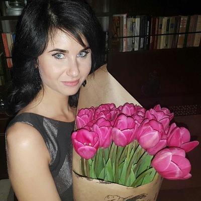 Анна Кнутова