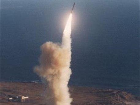 Всего лишь восемь минут летит ракета в ночи mp3 скачать