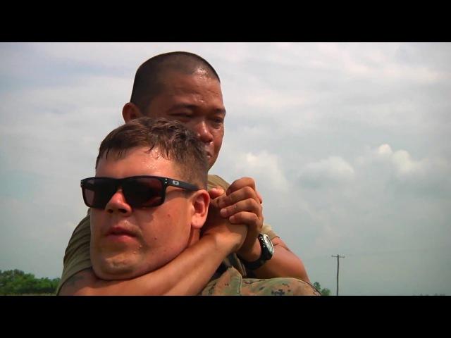 Морская пехота США / Как тренируются в реале американские морпехи