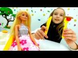 Игры для детей. Видео Катя и кукла #Барби в Ресторане! ?Правила Этикета! Видео #И ...