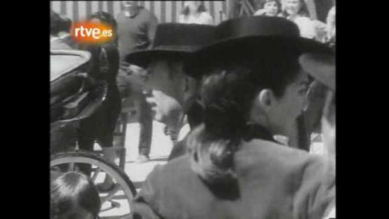 Jackie Kennedy y Grace Kelly en la Feria de Abril en Sevilla -España