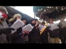 АМЕРИКАНЦЫ ПОЮТ ГИМН РОССИИ. Американцы спели гимн РФ в Нью-Йорке в память о жертвах крушения Ту 154