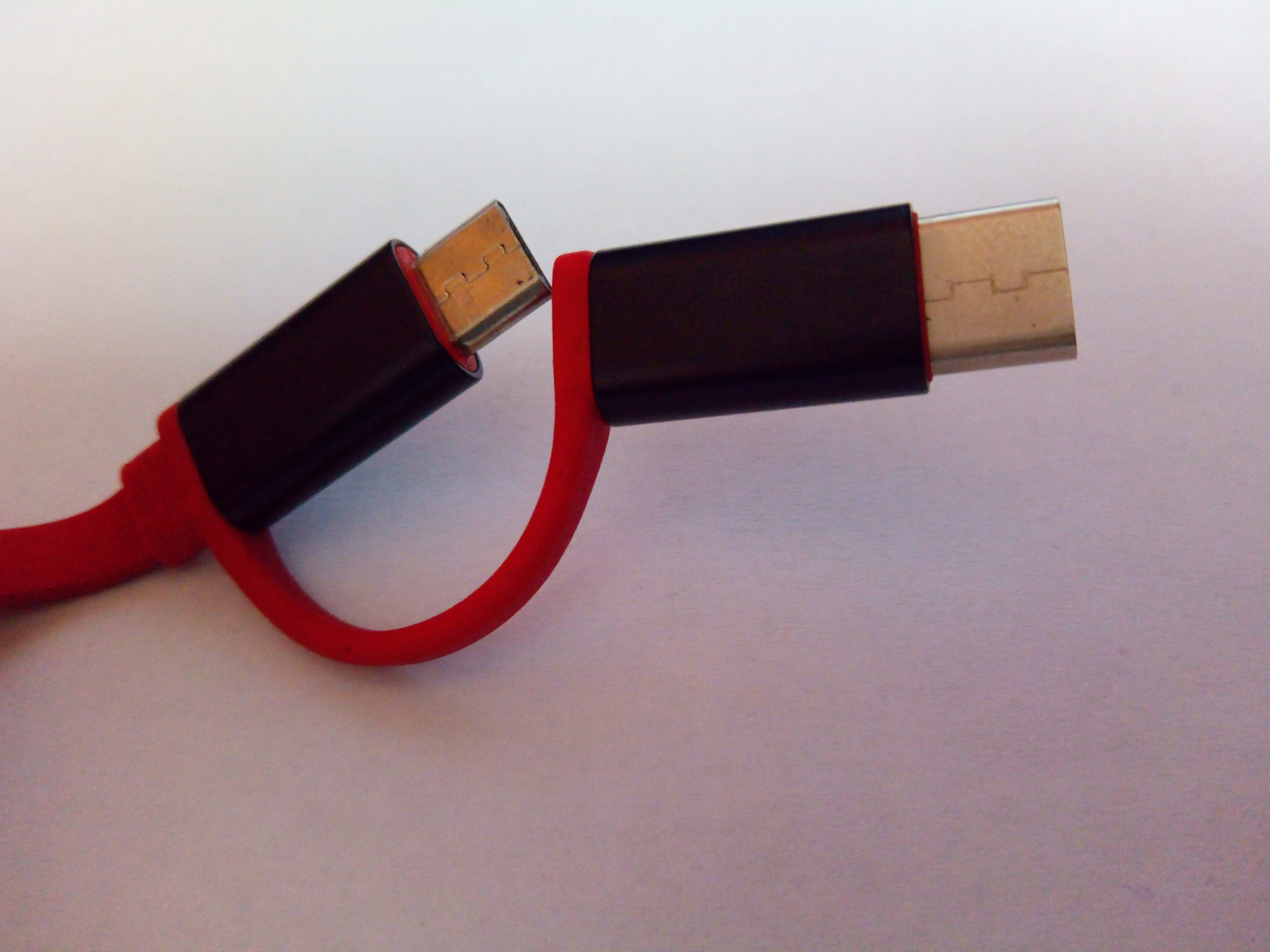 Aliexpress: Чехол-кошелек-картхолдер и кабель с переходником от micro-usb на type-c