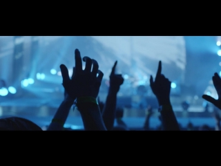 Biffy Clyro - Friends and Enemies (Official Video)