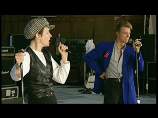 David Bowie & Annie Lennox & Queen - Under Pressure (Live)