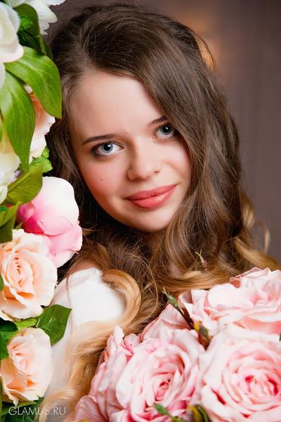Юлия Домбровская