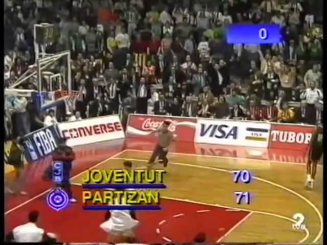 Saletova trojka protiv Huventuda (1992)