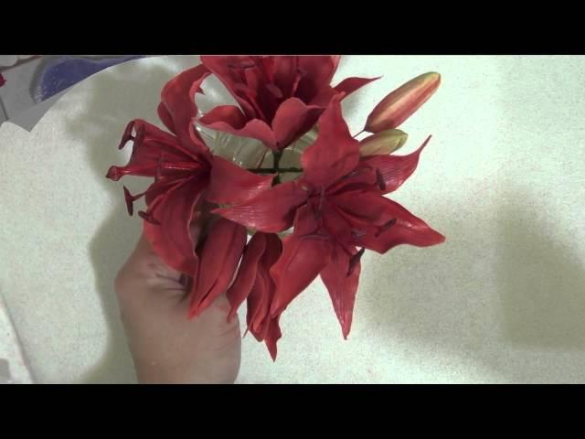 Сахарные лилия и альстромерия (Sugar lilies and Alstroemeria)