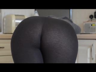 Скриншот: Попа в движении крупным планом (Girls Teen Boobs Tits Секс Порно Попка Сиськи Грудь Голая Эротика Трусики Ass Соски)