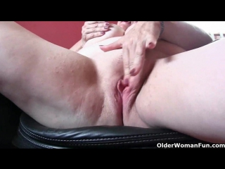Office grannies in pantyhose need to get off - granny porn