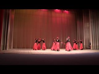 Народный Ансамбль Украины Hayreniq танец МАКИ