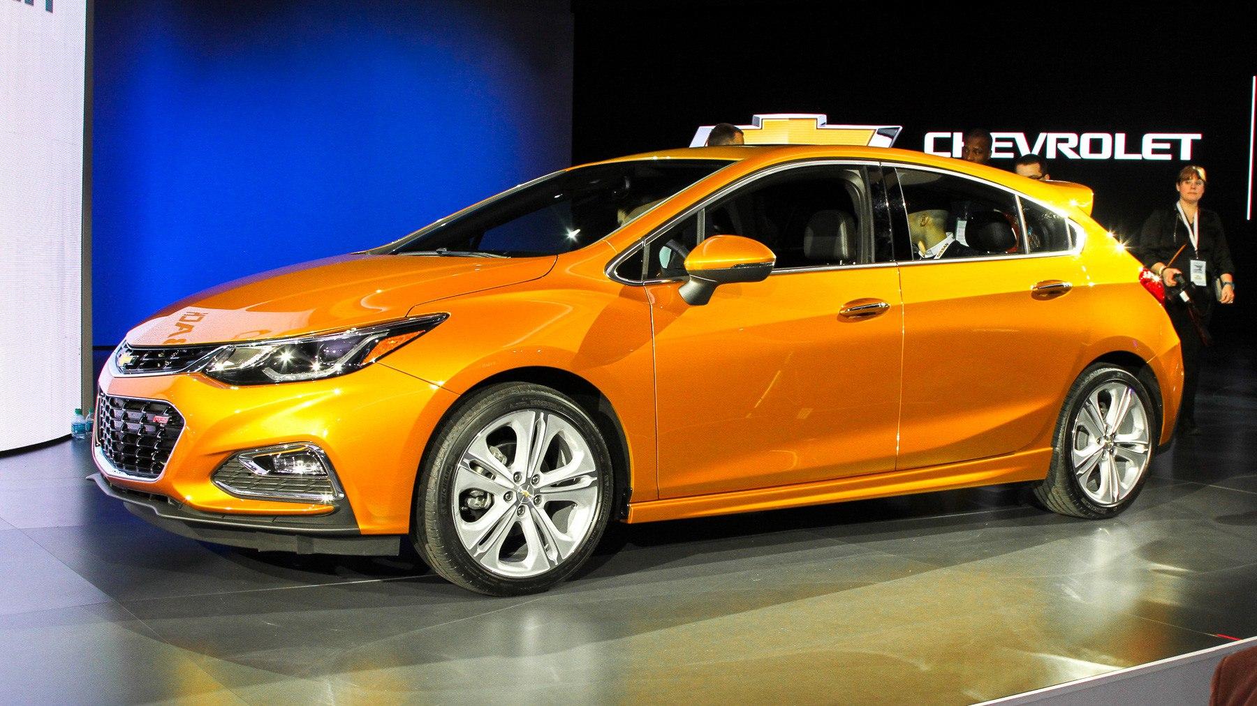 Новый Chevrolet Cruze стал пятидверным