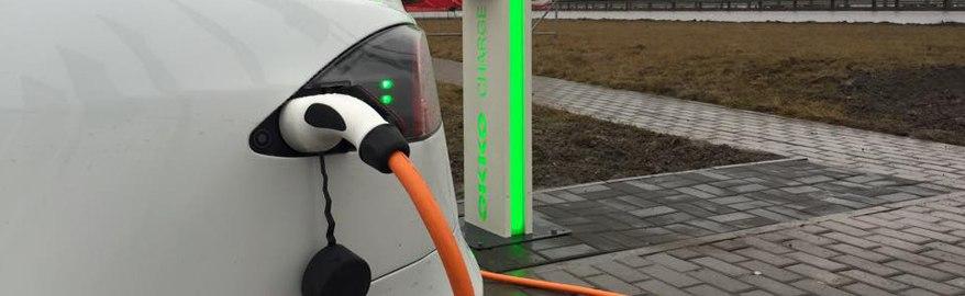 С 1 ноября 2016 года АЗС обяжут заряжать электромобили