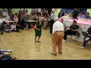 Никогда не поздно танцевать буги вуги