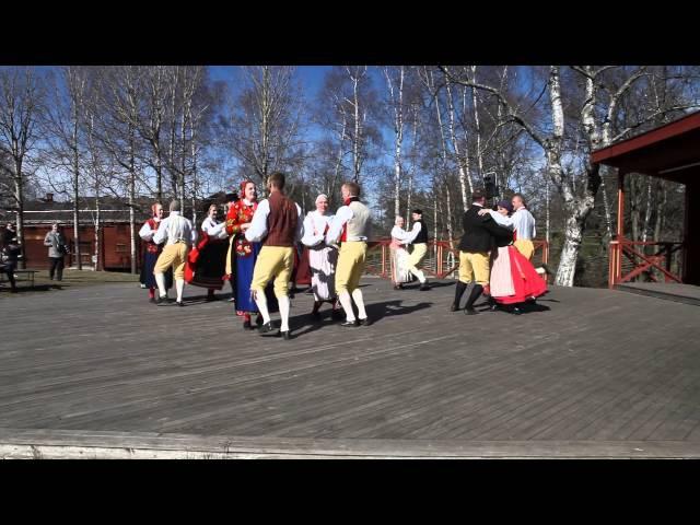 Швеция, Стокгольм, Скансен - фольклорные танцы