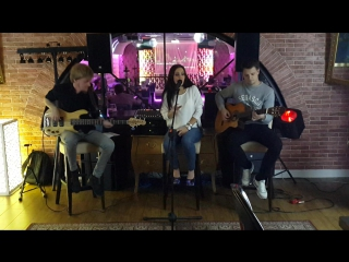 Maroon 5 - Sugar (by BARBERRY cover band trio)