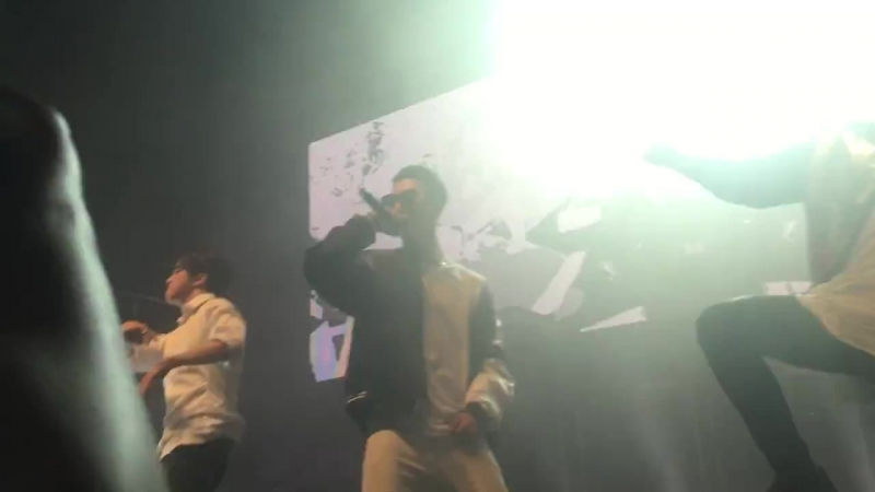 [FANCAM] 160513 «BANGX2» @ B.A.P LIVE ON EARTH 2016 WORLD TOUR LONDON AWAKE!!