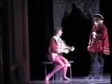... а как он это обыграл (С)  Заслуженный артист РФ Антон Домашев в роли Гамаша (балет Минкуса